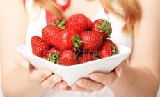 Домашние маски из разнообразных ягод