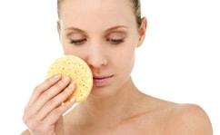 Обезвоживание и другие причины шелушения кожи на лице